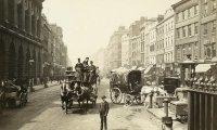 Daytime in Dickensian London