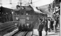 1920s train - restaurant carriage