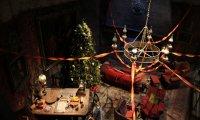 Gryffindor Commonroom at Christmas time