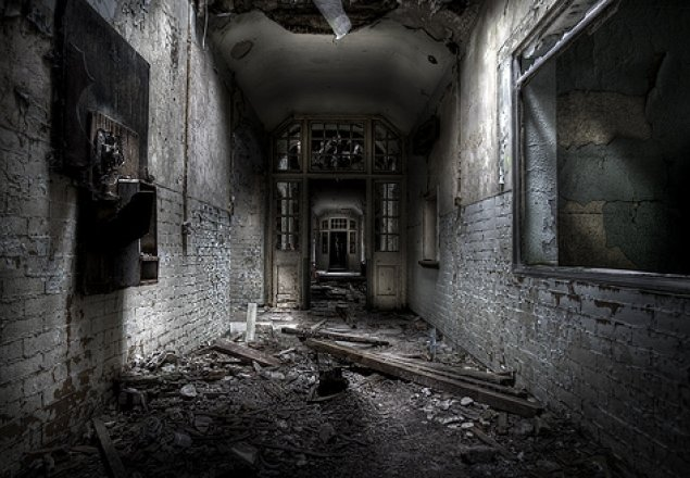 Who Are You Going To Believe >> Locked in the Asylum audio atmosphere