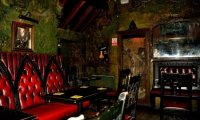 http://www.ambient-mixer.comthis pub ambience was made to go with the Translyvanian Crossroads Inn