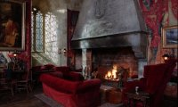 http://www.ambient-mixer.comThe Gryffindor common room from Harry Potter