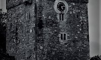 https://www.ambient-mixer.comThe Sounds Of Winterfell.
