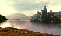 Reading in Hogwart's grounds