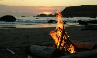 http://www.ambient-mixer.comBonfire on the Beach