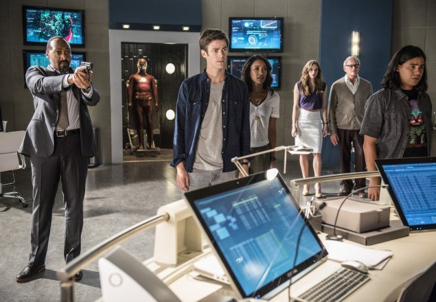 Welcome to Star Labs... audio atmosphere